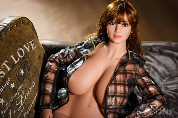 Thick sex doll Mabel sitting naked