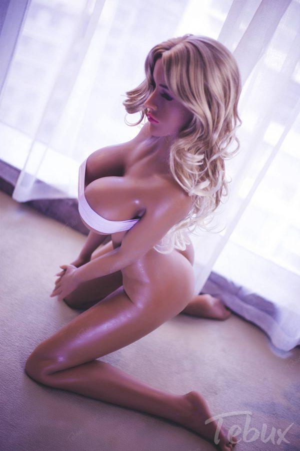 Big booty sex doll Jillian kneeling naked