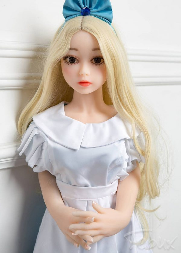 Flat chest sex dolls like Penelope standing