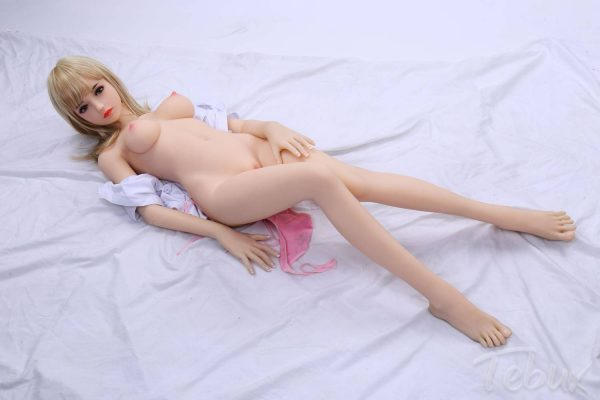Tpe sex doll lying down naked
